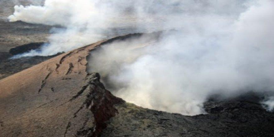 BM: Karayipler'deki yanardağ patlamasının çıkardığı insani kriz aylarca sürebilir
