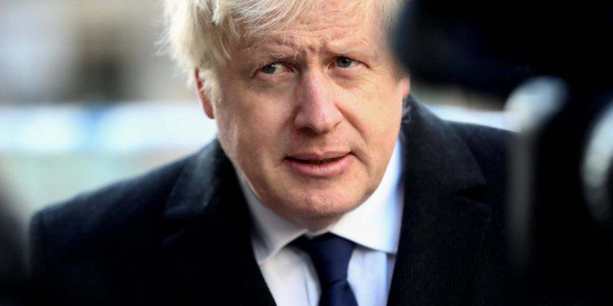 Boris Johnson: Ekonomik ve sosyal hayatta kısıtlamalar uzun süre devam edebilir