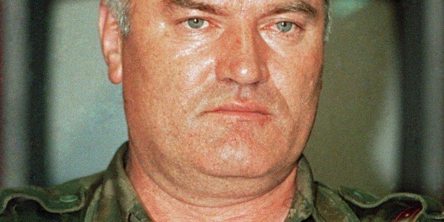 """""""Bosna Kasabı"""" Ratko Mladiç hapishanede öldü"""