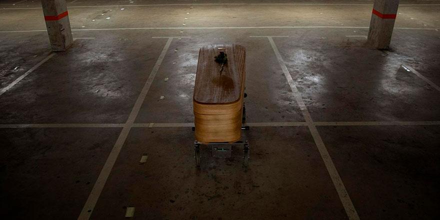 Brezilya'da sokaklardan ceset toplanılmaya başlandı