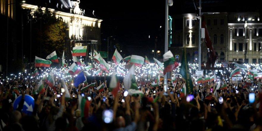Bulgaristan'da siyasi kriz sürüyor