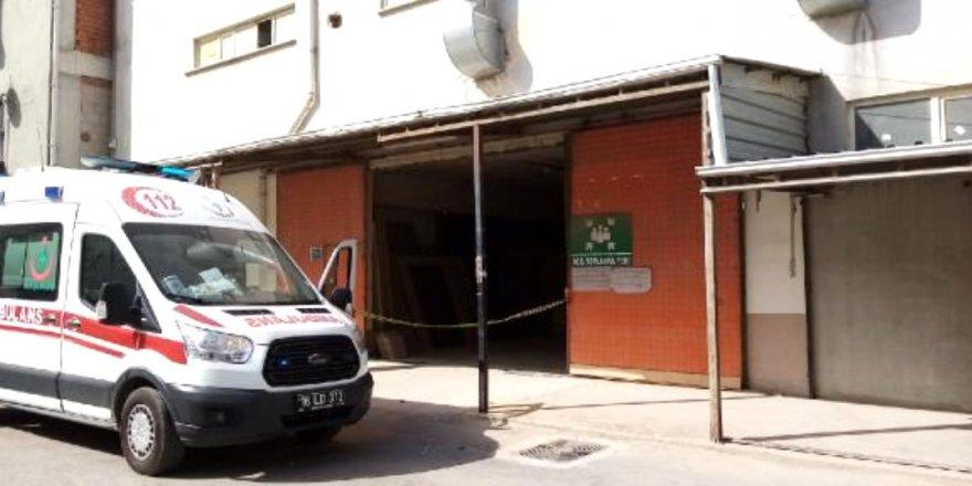 Bursa'da yük asansöründe sıkışan işçi hayatını kaybetti
