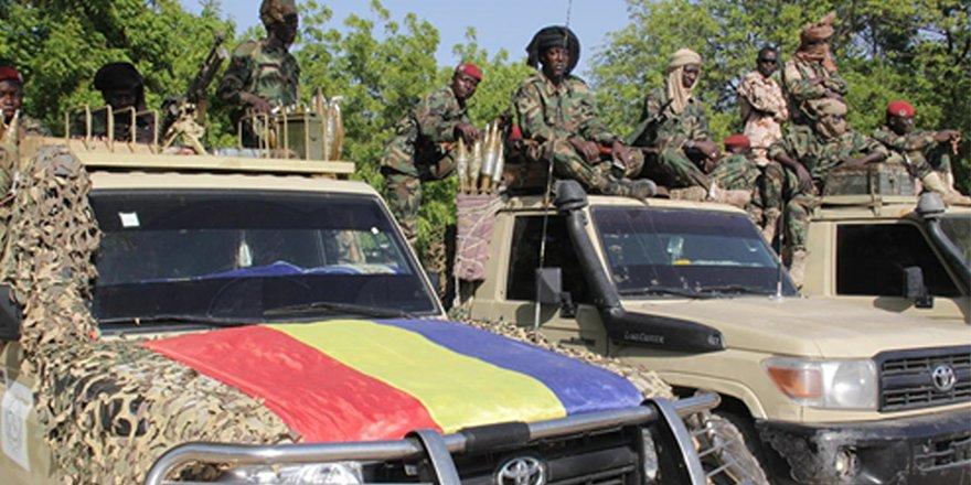 Çad'da askeri gruplar arasında silahlı mücadele devam ediyor