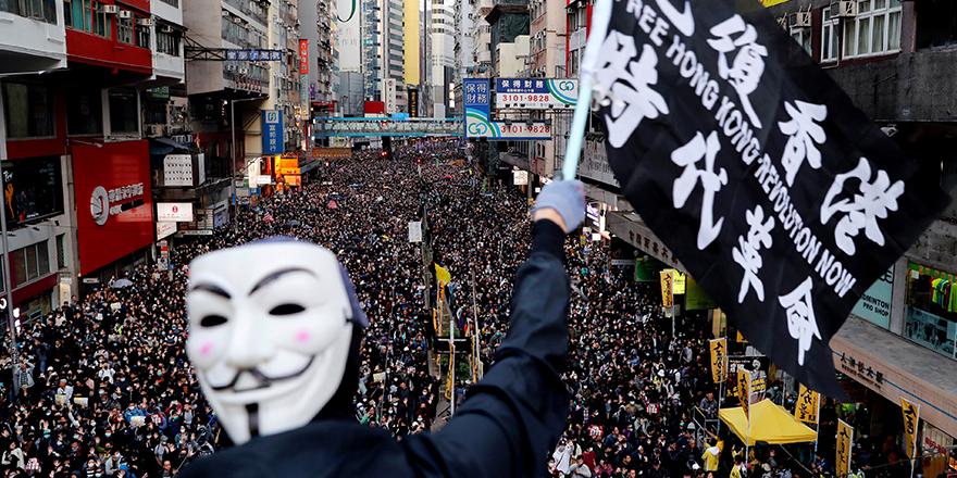Çin'den Hong Kong'a yeni yaptırım hamlesi