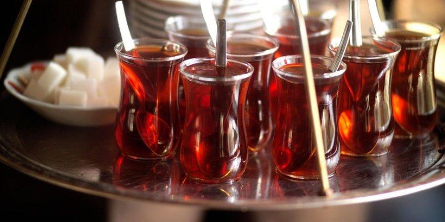 Diyarbakır'da koronavirüs tedbirleri kapsamında çay servisi yasaklandı