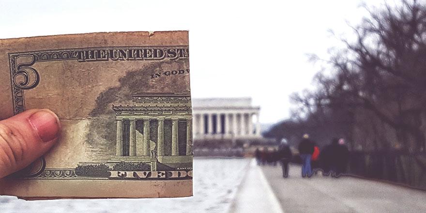 En zengin %1'lik kesim 6.9 milyar insandan daha zengin