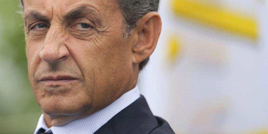 Eski Fransa Cumhurbaşkanı Nicolas Sarkozy gözaltında!