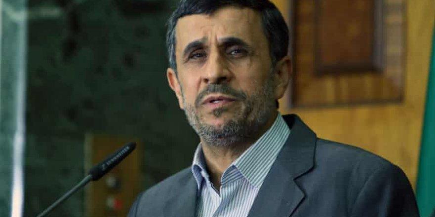 Eski İran Cumhurbaşkanı Ahmedinejad, cumhurbaşkanlığına yeniden aday oldu