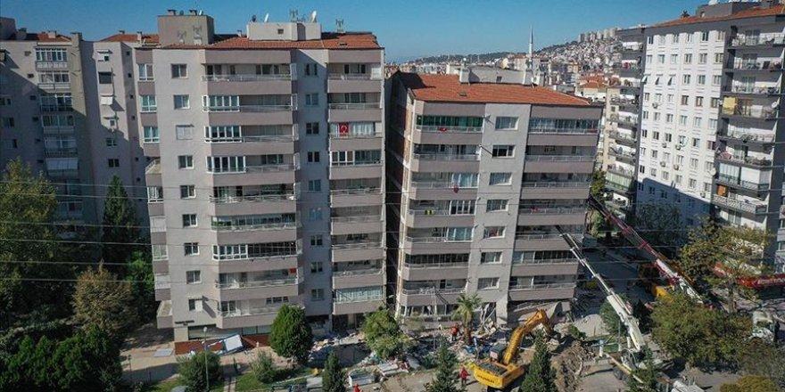 Fahrettin Koca İzmir'deki depremde ölü ve yaralı sayısının arttığını açıkladı