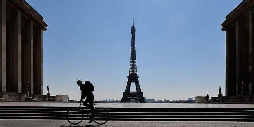 Fransa genelinde sokağa çıkma yasağı