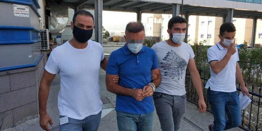 Fuhuş operasyonu zabıt katiplerinin rüşvet yolsuzluğunu ortaya çıkardı!