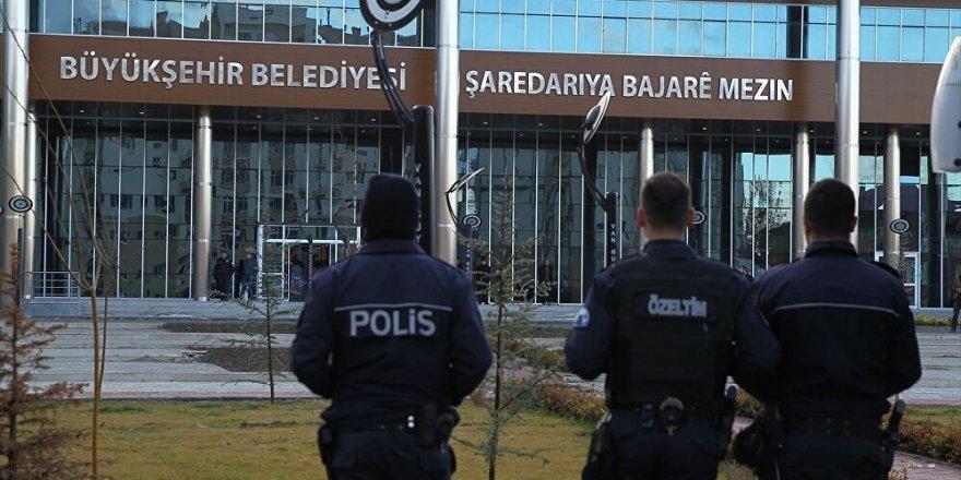 Görevden alınan HDP'li Belediye Başkanı tutuklandı