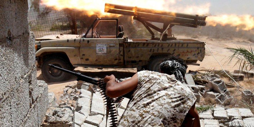 Guardian: Türkiye ve BAE'nin Libya'ya silah ambargosu ihlalleri arttı