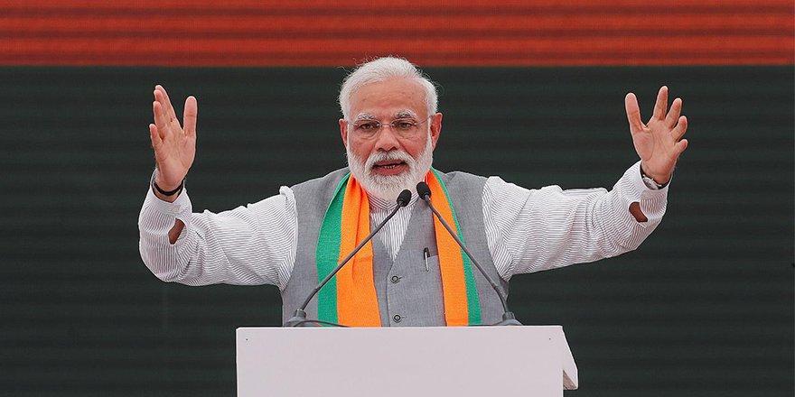 Hindistan liderine seçimlerde büyük darbe