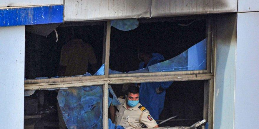 Hindistan'da hastane yangını: 13 koronavirüs hastası yaşamını yitirdi
