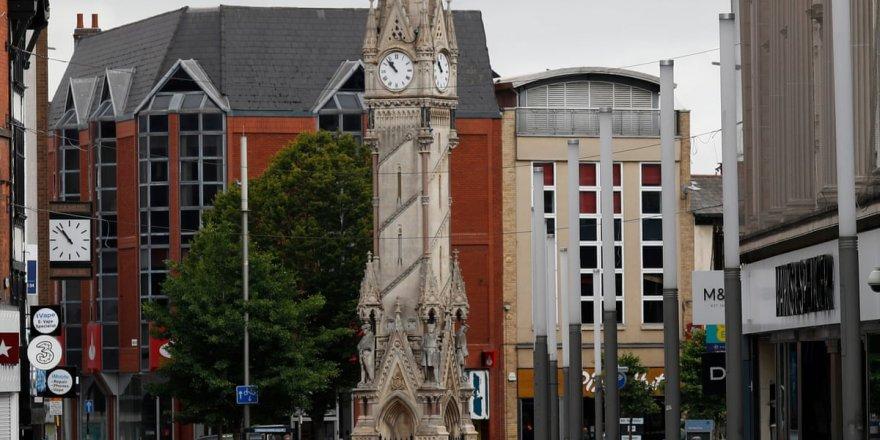 İngiltere Leicester yeniden karantinaya giriyor