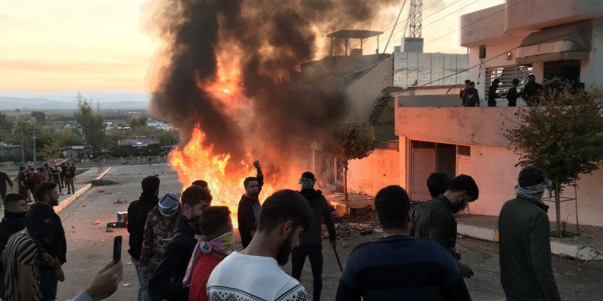 Irak'taki gösterilerde ateş açıldı: 2 ölü