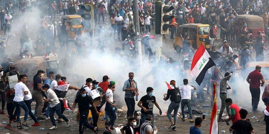 Irak'taki gösterilerde iki kişiye suikast düzenlendi