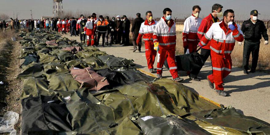 İran Kasım Süleymani'nin öldürülmesinin intikamını sivilleri öldürerek mi alıyor?