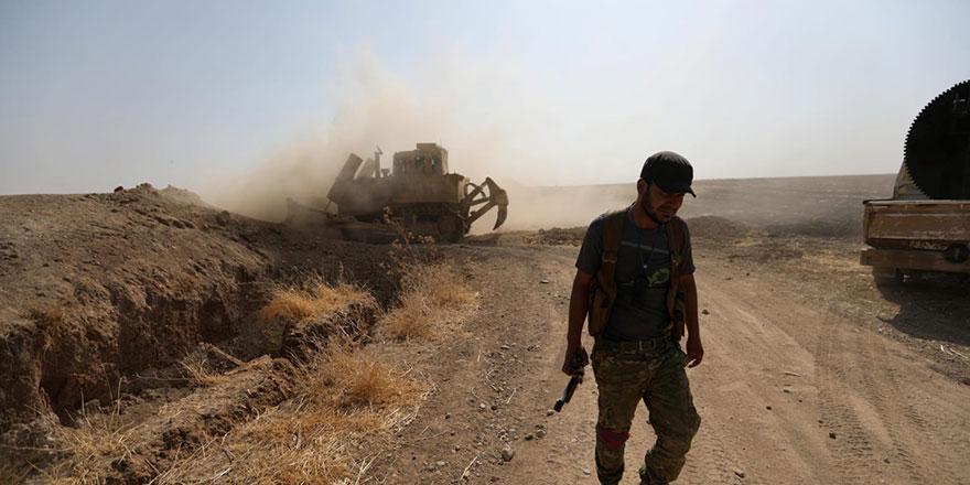 İran'a bağlı Şii milisler Rakka kırsalına saldırdı: 21 ölü