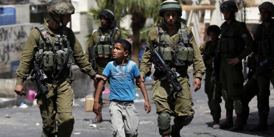 İşgalci İsrail askerleri, Batı Şeria'da Filistinli bir çocuğu öldürdü