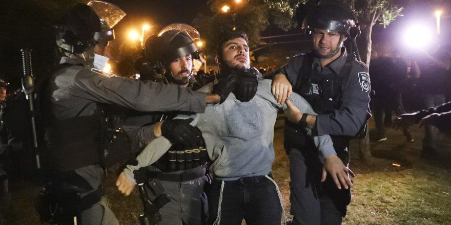 İşgalci İsrail polisi yine Doğu Kudüs'te Filistinlilere müdahale etti