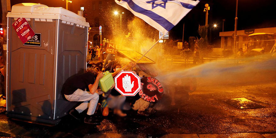 """İsrail'deki gösteriler sonrası """"iç savaş"""" uyarısı"""