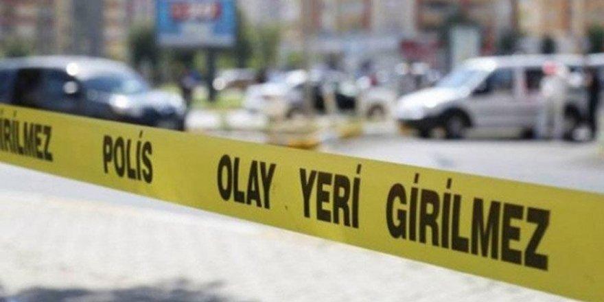İstanbul Küçükçekmece'de polis aracına ateş açıldı!
