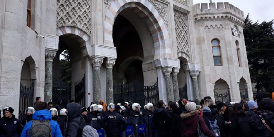 İstanbul Üniversitesi yemekhane kararında geri adım attı
