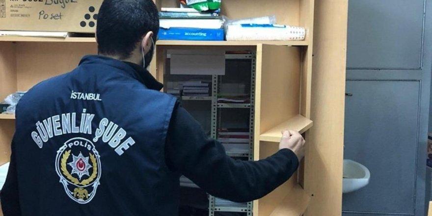 İstanbul'da korsan kitap operasyonu!