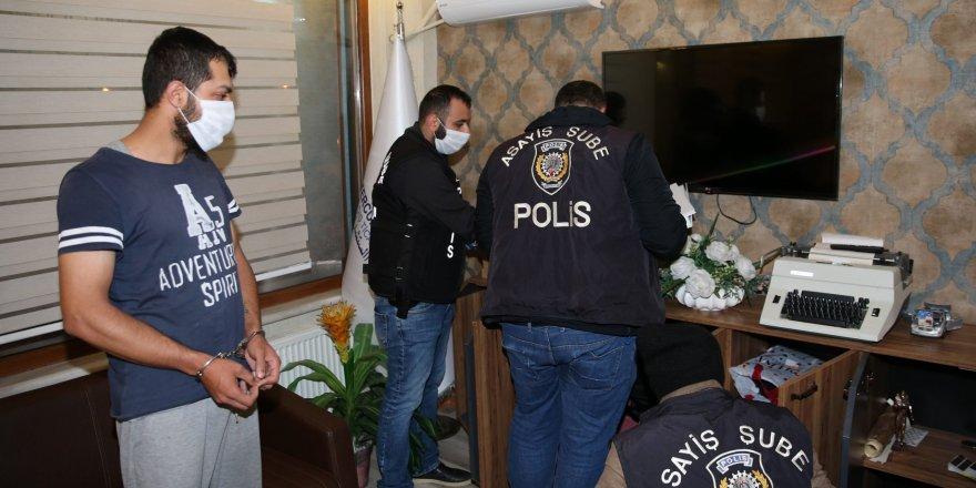 İstanbul'da rüşvet ve sahtecilik operasyonu