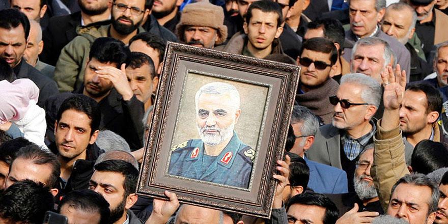 İstanbul'un göbeğinde Şii milis komutanı için anma töreni