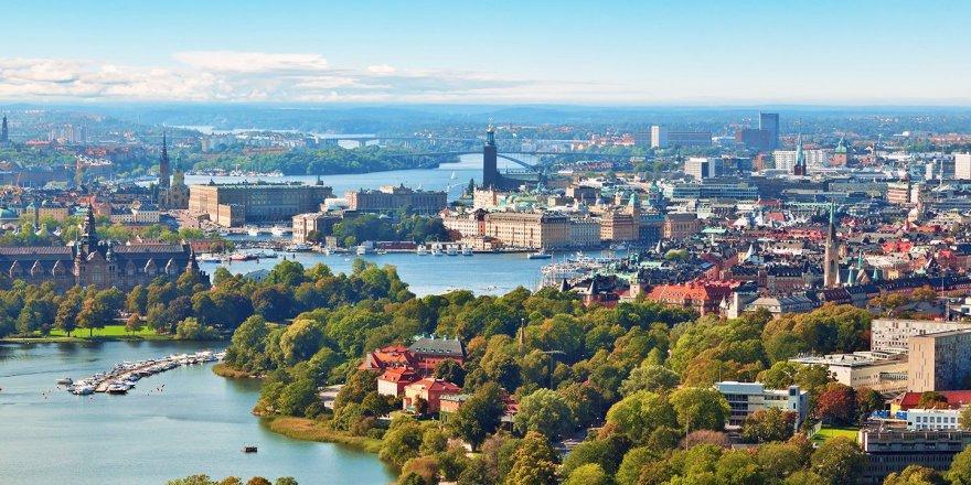 İsveç, başörtü yasağını iptal etti