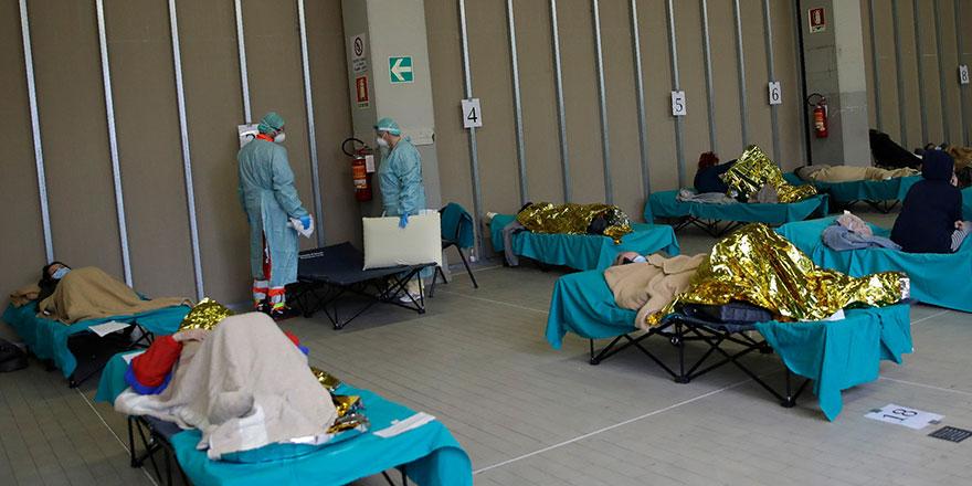 İtalya'da doktorlar hasta seçmeye başladı