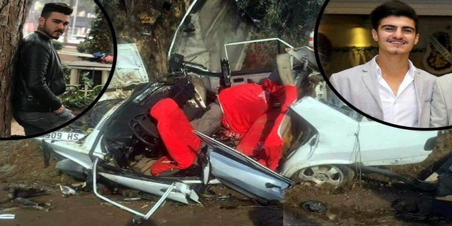İzmir'de trafik kazası: 5 gençten 2'si öldü, 3'ü yaralandı