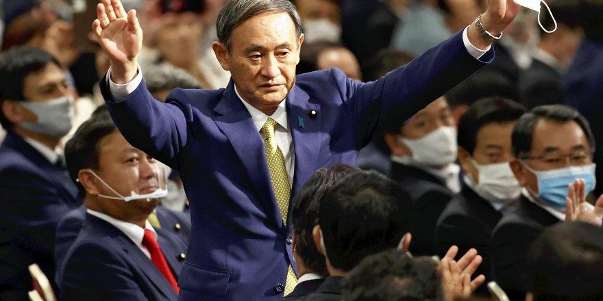 Japonya'da iktidardaki LDP başkanlığına Kabine Baş Sekreteri Suga Yoşihide seçildi