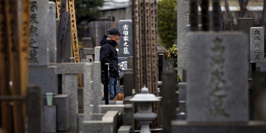 Japonya'da pandemi nedeniyle intihar edenler virüsten ölenlerden fazla