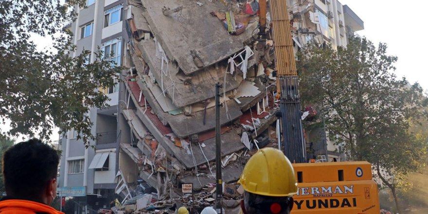 Jeolog: İzmir'de daha şiddetli deprem bekliyoruz