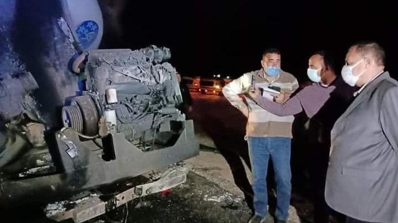 Kahire'de yolcu otobüsü devrildi: Çok sayıda ölü var
