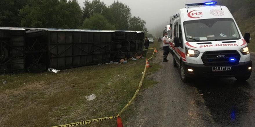 Kastamonu'da kaza: Yolcu otobüsü devrildi