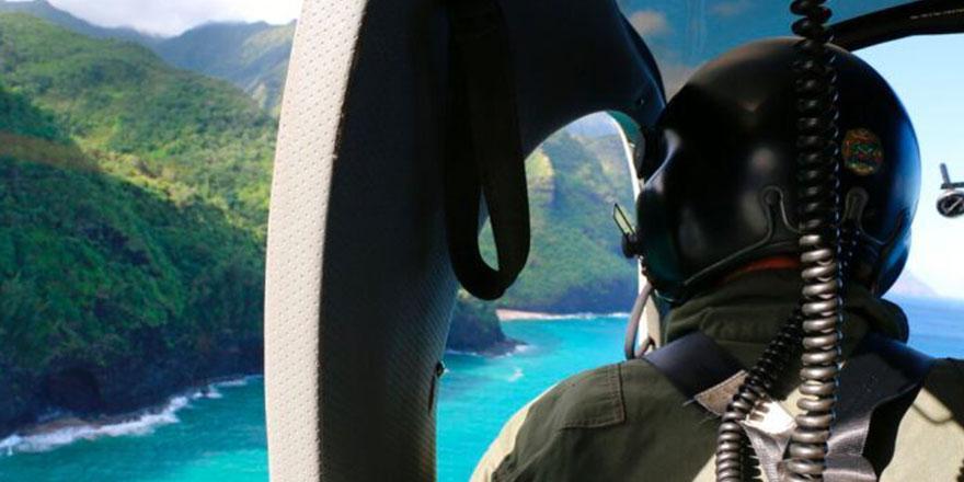 Kaybolan tur helikopterinin enkazı cesetlerle birlikte bulundu