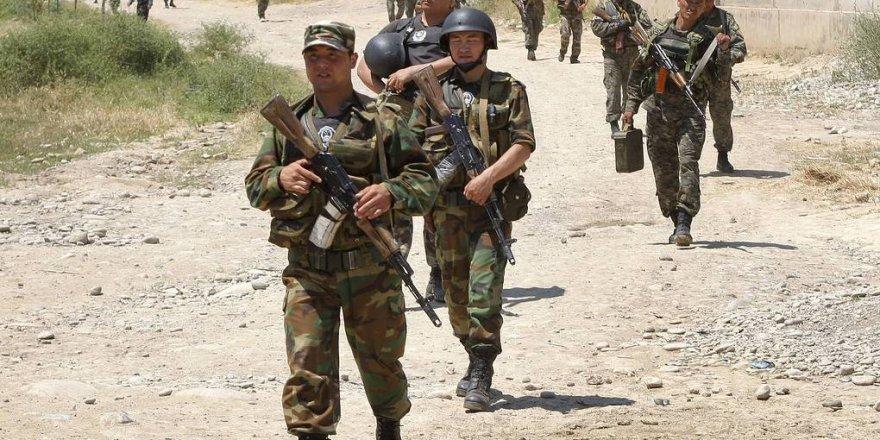 Kırgızistan ve Tacikistan, sınırdaki askerlerini çekti