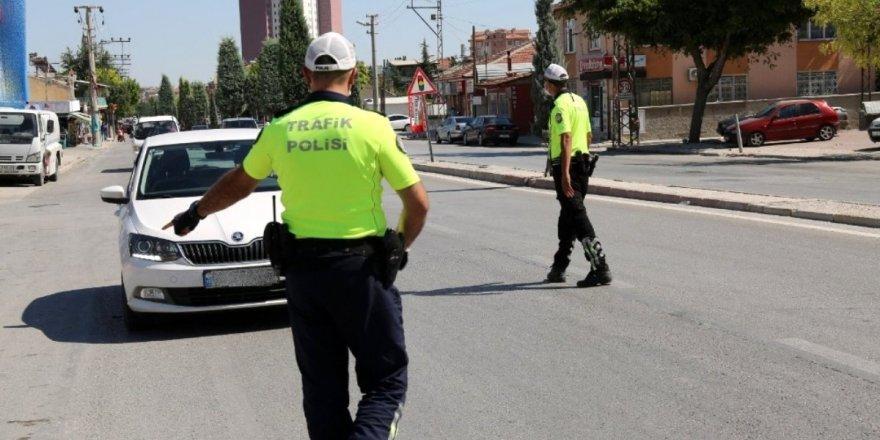 Konya'da trafik denetimleri devam ediyor