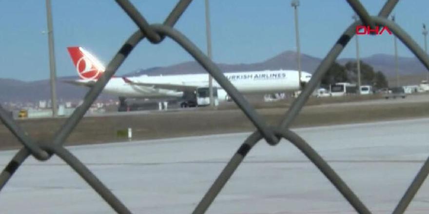 Koronavirüs şüphesi ile THY uçağı Ankara'ya acil iniş yaptı