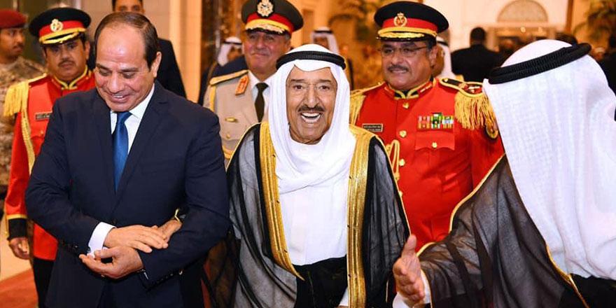 Kuveyt, 3 muhalifi Sisi rejimine iade etti