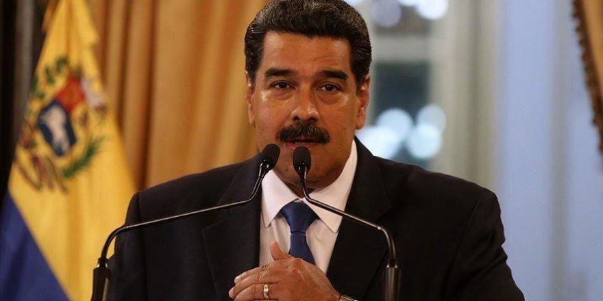 Maduro: Trump ırkçı kovboylar gibi