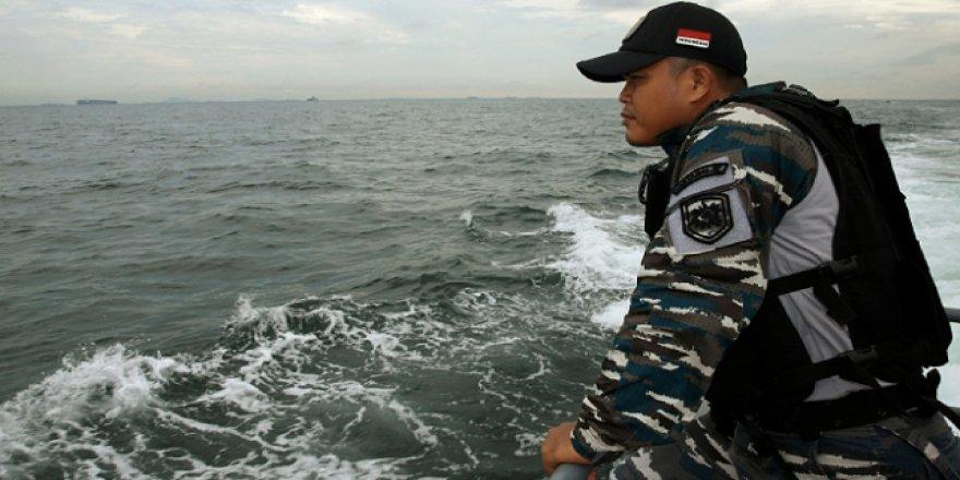 Malezya kıyılarında boğulduğu sanılan 26 mülteci canlı bulundu