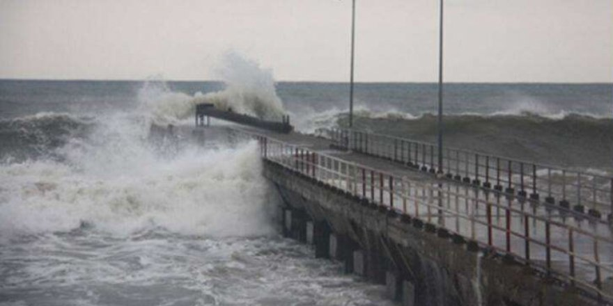 Marmara Denizi ve Batı Karadeniz için fırtına uyarısı