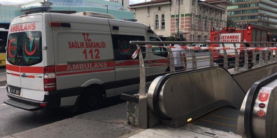 Mecidiyeköy metro istasyonunda intihar girişimi