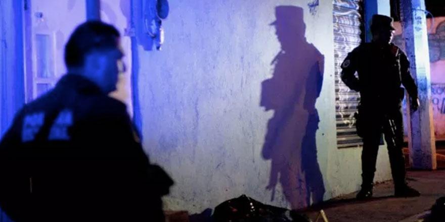 Meksika'da 26 çantadan ceset parçaları çıktı